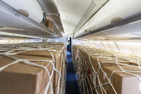 Cargo on an A320 C Lufthansa Cargo