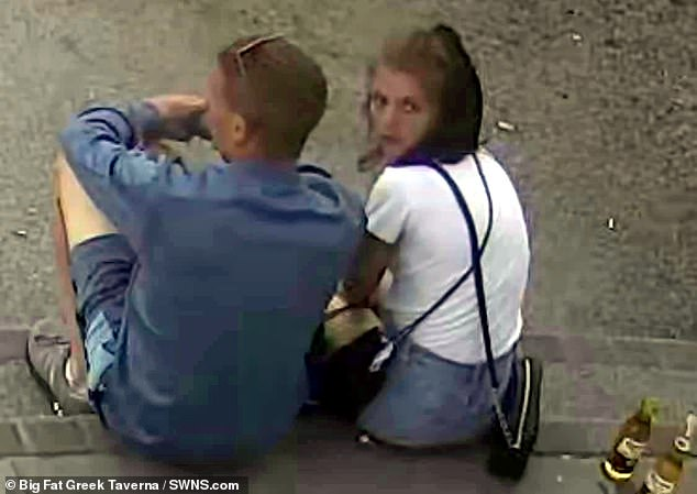 The pair - pictured -had indulged in a slap-up dinner before acting 'shady' when time came to foot the bill