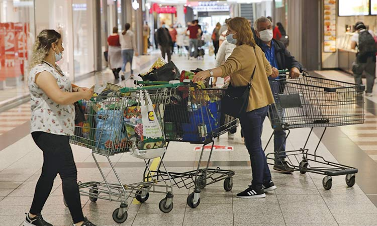 Weak German retail sales dash  hopes for strong recovery in Q3